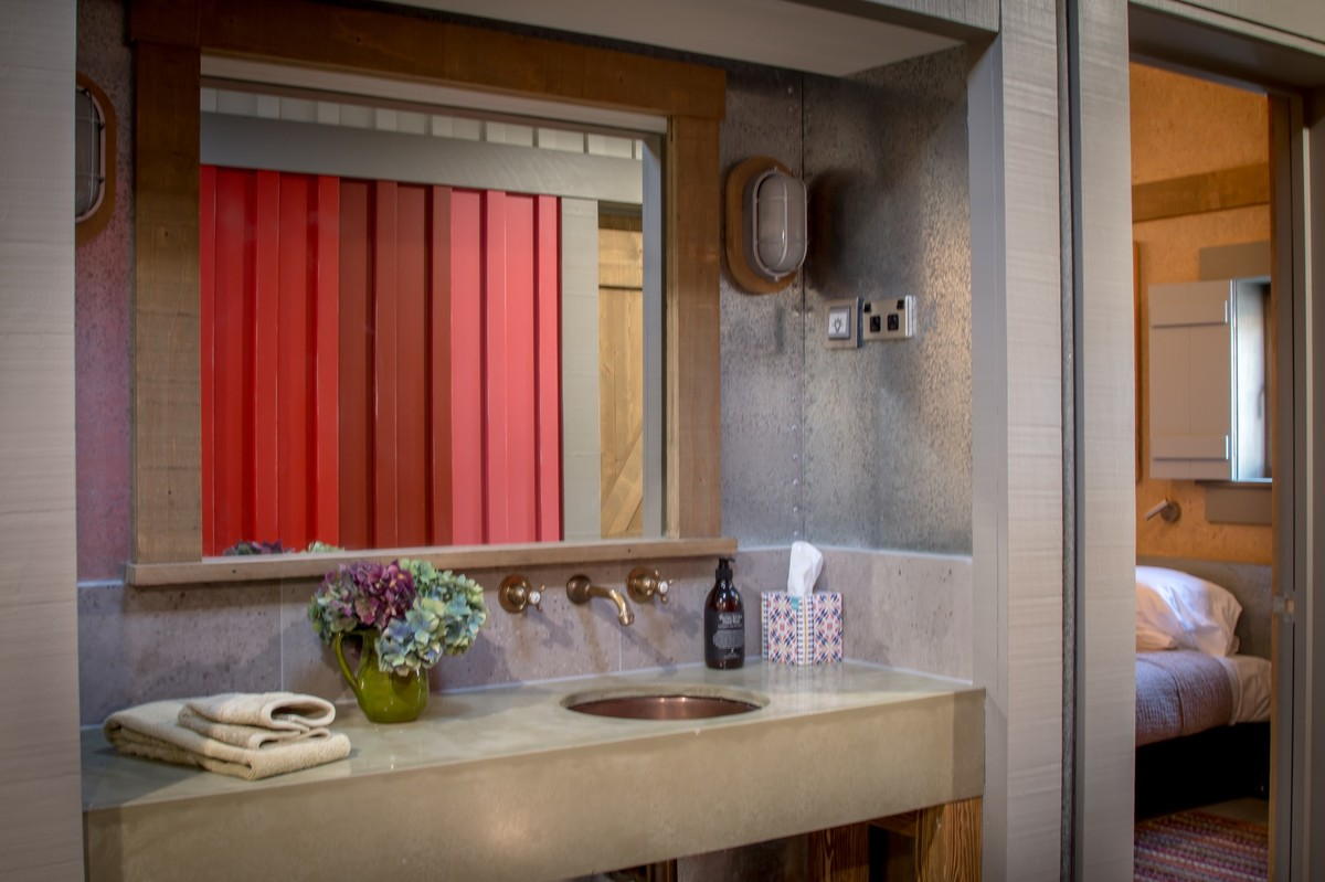 Camp Glenorchy Cabin Ensuite Vanity
