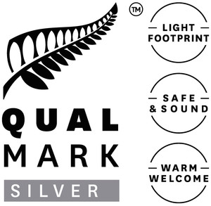 Qualmark Silver Award Logo Stacked